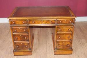Antique Knee Hole George II Writing Desk Table