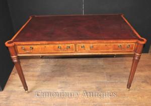 Sheraton Desk in Walnut Writing Table English Furniture